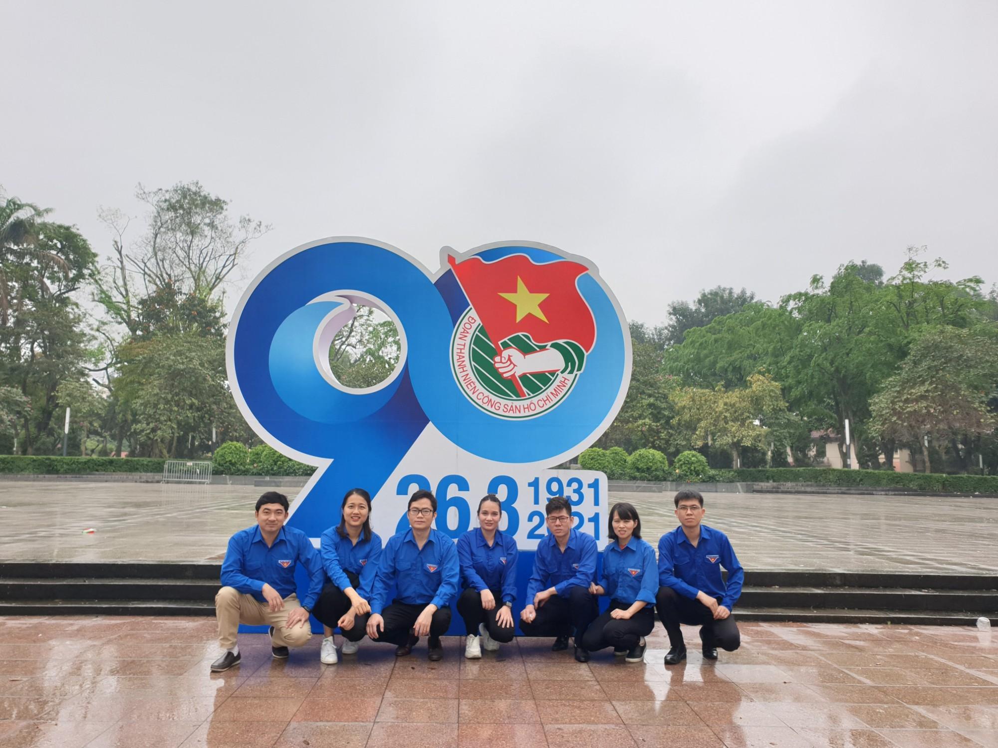Đoàn thanh niên Công ty TNHH TM-DV-ĐT Vietin tổ chức kỷ niệm 90 năm ngày thành lập Đoàn TNCS Hồ Chí Minh
